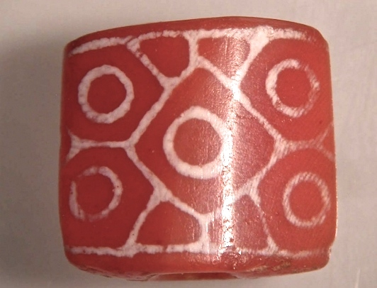 36.IV_bead-excavated_Hili_UAE-2400-2100BCE-McSweeney08.jpg (173.0 KB)