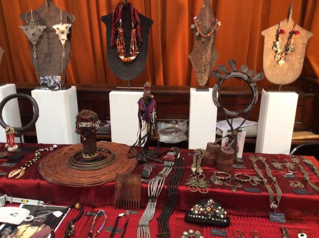 African_Tribal_Art_1b_2018-09-29.jpg (127.9 KB)
