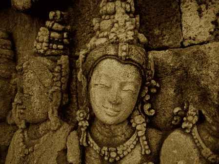 Borobudur.jpg (23.6 KB)
