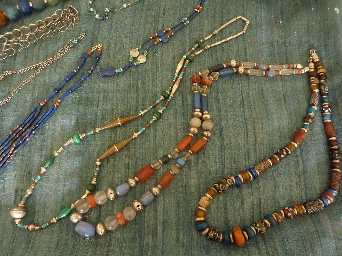 Jessamine's_jewellery.jpg (247.2 KB)