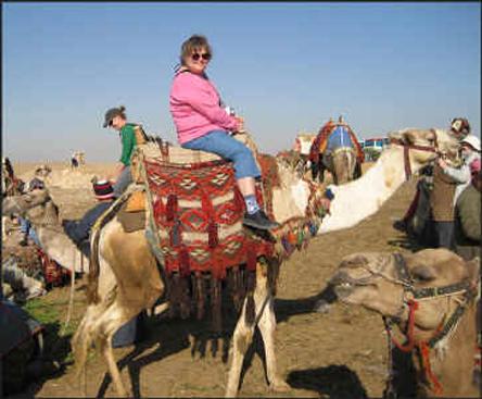 Kate-camel-large-web_small.jpg (150.0 KB)