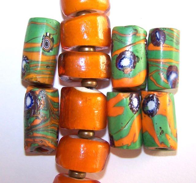 OrangeGreenCylinders2.jpg (54.9 KB)