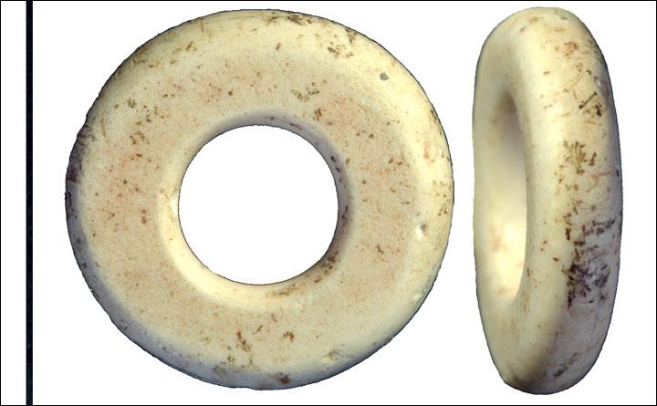 OstrichPaleolithicBeads.jpg (76.7 KB)