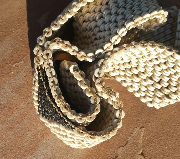 Ostrich_shell_bead_belt.jpg (195.2 KB)